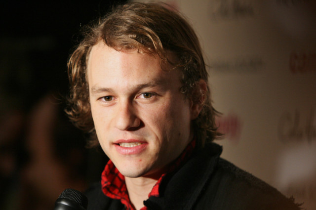 """** FILE ** In this Nov. 6, 2006, file photo, actor Heath Ledger arrives to the premiere of his new film """"Candy"""" in New York. The music video Ledger directed for """"King Rat"""" by Modest Mouse debuted online Tuesday Aug. 4, 2009. The six-minute, animated video is both whimsical and dark, showing whales and dolphins aboard a ship, fishing for humans in the water. (AP Photo/Dima Gavrysh, File)"""