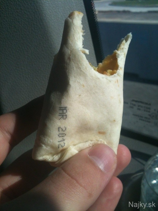 this-persons-breakfast-burrito-includes-an-expiration-date_zpsc130fcc7