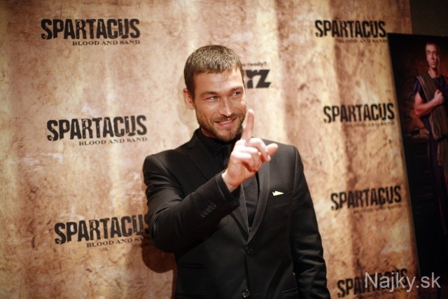 """Actor Andy Whitfield arrives for a screening of """"Spartacus: Blood and Sand"""" at the Tribeca Grand in New York, Tuesday, Jan. 19, 2010. (AP Photo/Jason DeCrow)"""