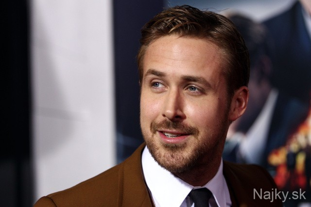 """Cast member Ryan Gosling attends the LA premiere of """"Gangster Squad"""" at the Grauman's Chinese Theater, Monday, Jan. 7, 2013, in Los Angeles. (Photo by Matt Sayles/Invision/AP)"""