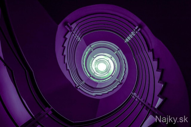 spiral-stairs-2-21_zps1cd77c87