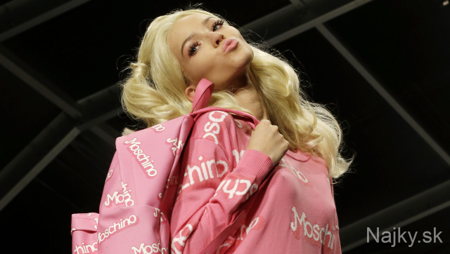 fashion moschino tit barbie