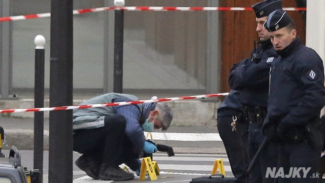 France_Newspaper_Attack-8f12bec3d01c4d2d9ef1aa42e7a26aec (1)