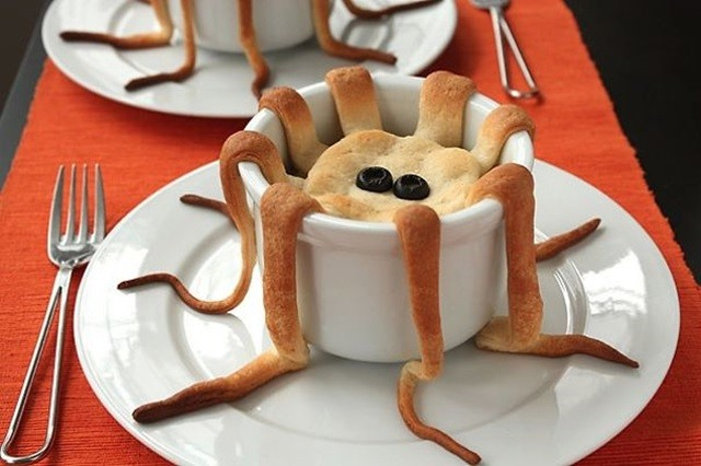 http://www.superpunch.net/2010/10/halloween-fun-food-ideas.html