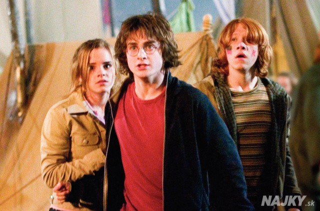 "This photo provided by Warner Bros Entertainment shows actors Daniel Radcliffe as Harry Potter, center, Emma Watson as Hermione Granger, left, and Rupert Grint as Ron Weasley in a scene from ""Harry Potter and the Goblet of Fire."" The fourth film in the popular children's series has rung up the franchise's best-ever first-day DVD sales, 5 million copies the distributor said Thursday, March 9, 2006. The DVDs hit the market Tuesday. (AP Photo/Warner Bros., Entertainment)"