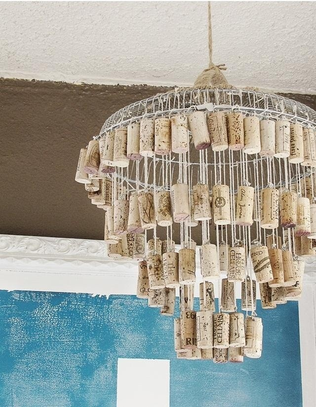 http://moxandfodder.com/2012/03/10/diy-wine-cork-chandelier/