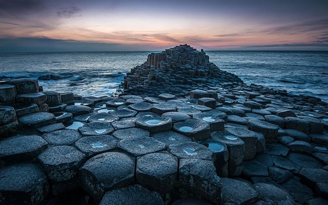 https://500px.com/photo/65790253/giants-causeway-by-greg-sinclair