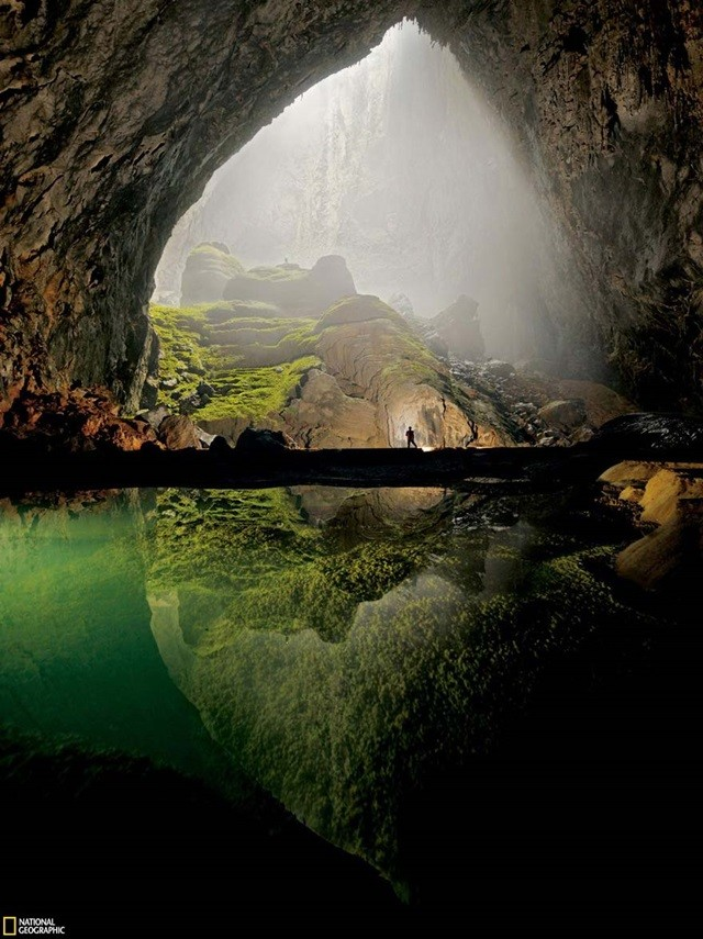 http://ngm.nationalgeographic.com/2011/01/largest-cave/peter-photography
