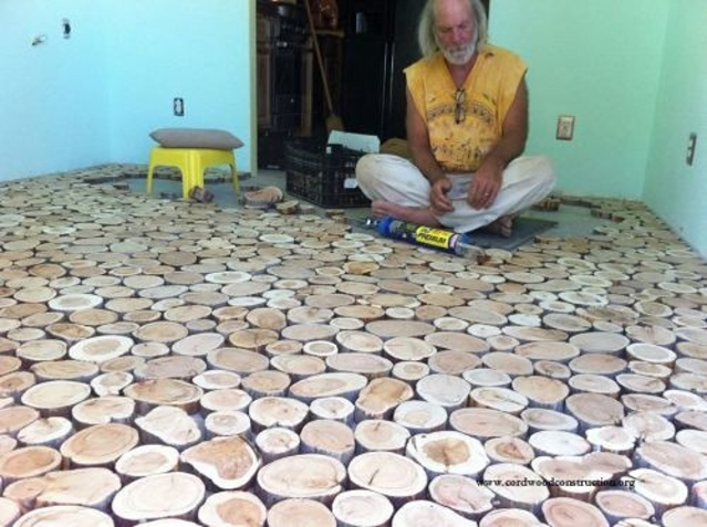 https://cordwoodconstruction.wordpress.com/2014/12/20/cordwood-flooring-by-sunny-in-sunny-arizona/?utm_source=LTcom