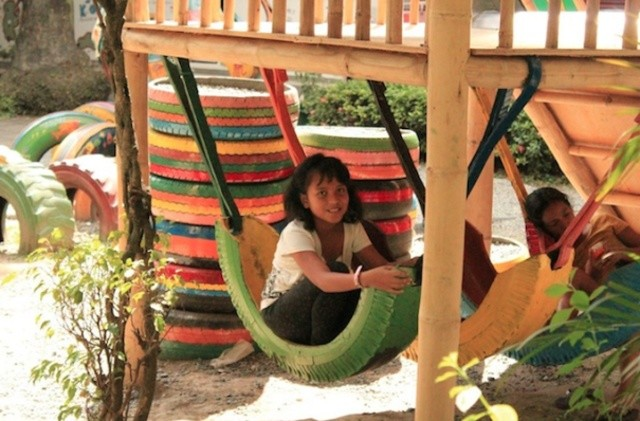 http://www.shareable.net/blog/open-source-playgrounds-changing-lives-from-azerbaijan-to-zambia