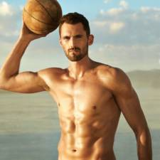 Athletes-Expose-Their-Strong-Bodies-In-ESPN-Body-Issue-201523__880