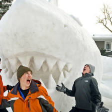 Giant animal snow sculptures bartz brothers 8.jpg