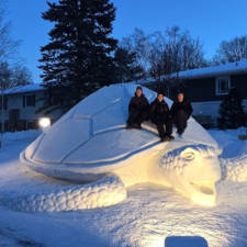 Giant animal snow sculptures bartz brothers 9.jpg