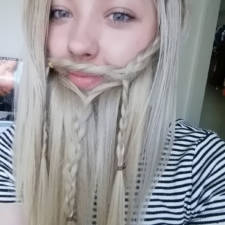 Women beards hair design trend ladybeards 27__605.jpg