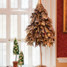 Xx of the most creative christmas trees ever6__605.jpg
