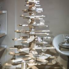 Xx of the most creative christmas trees ever__605.jpeg
