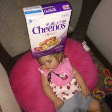 Cheerio challenge dads stack cheerios babies funny competition 16 5765191676fc5__605.jpg