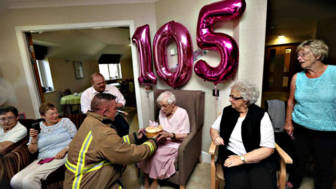 105 year old grandmother birthday wish fireman ivena smailes 2.jpg
