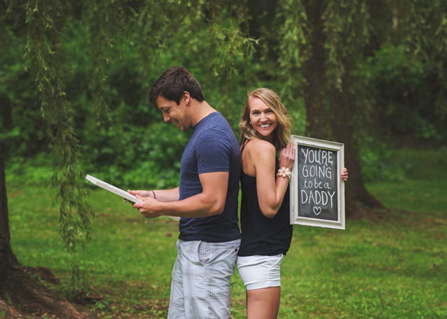 Pregnancy announcement surprise photoshoot brianne dow 17.jpg