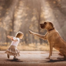 Little kids big dogs photography andy seliverstoff 4 584fa905bee2a__880.jpg
