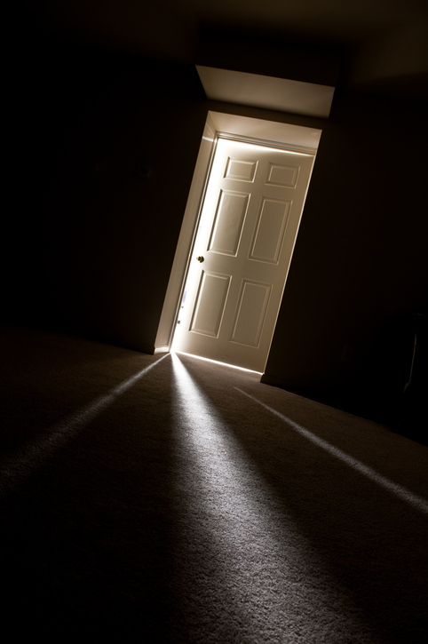 http://www.thinkstockphotos.com/search/#light in the scary house/f=CPIHVX/s=DynamicRank