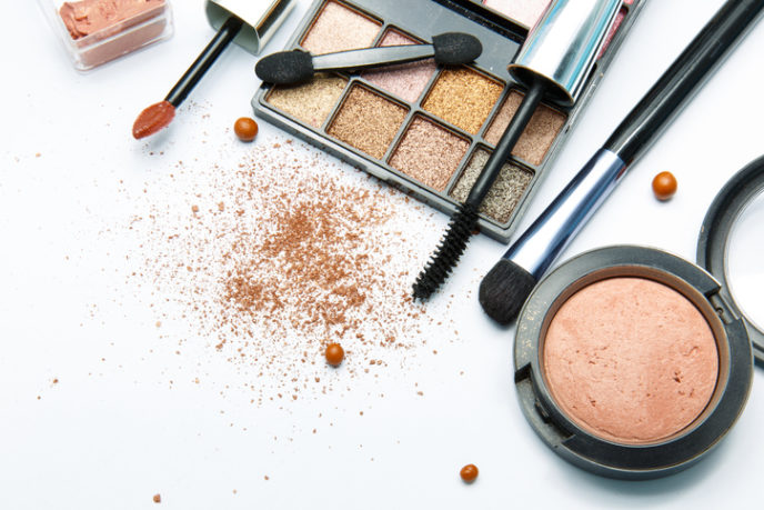 http://www.thinkstockphotos.com/search/#make up/s=DynamicRank/f=CTPIHVX