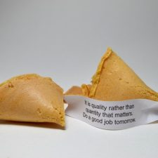 Fortune cookie 1192836_640.jpg