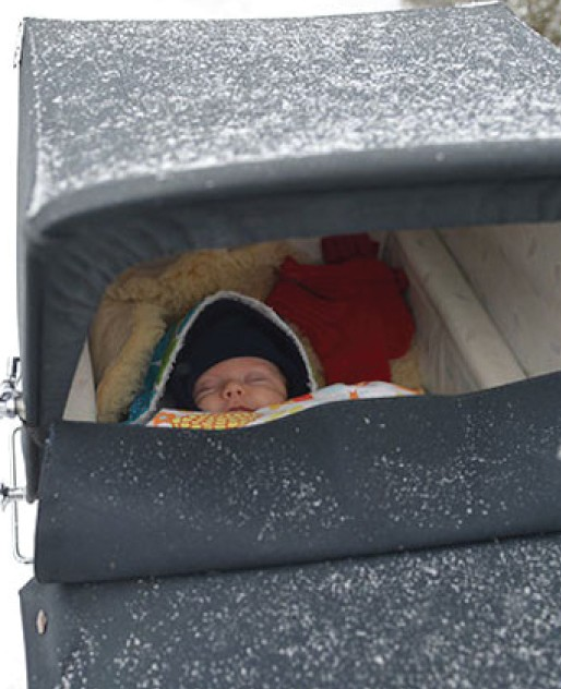 01 baby sleeping in the cold e1492613384630.jpg