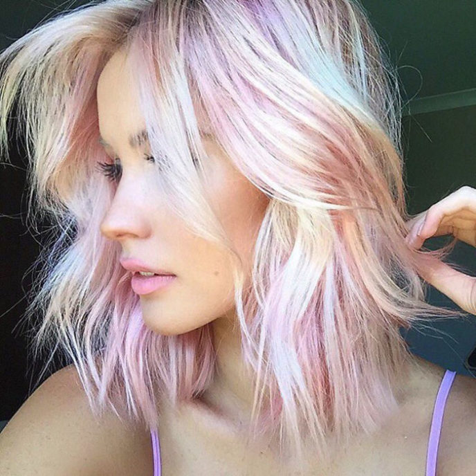 Holographic hair are here and its the hottest hair trend of 2017 58ec9b0f5e67a__700.jpg