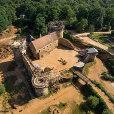 Building 13th century guedelon castle france 12 59c9fe5b61246__880.jpg