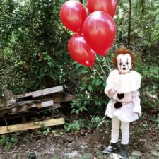 Clown child photoshoot movie it pennywise eagan tilghman 17.jpg