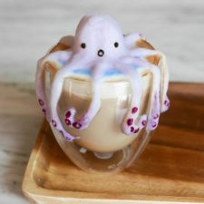 The incredible 3d art in coffee foam by daphne tan 59e3fcaa0aff5__700.jpg