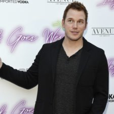 """Actor Chris Pratt poses at the premiere of the film """"Ingrid Goes West"""" at the ArcLight Hollywood on Thursday, July 27, 2017, in Los Angeles. (Photo by Chris Pizzello/Invision/AP)"""