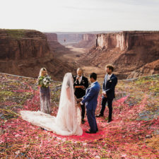 Marriage done at 120 meters high will take your breath away 5a65abd925d4c__880.jpg
