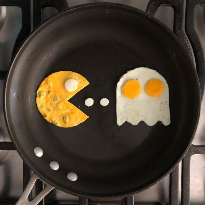 Mexican artist turns eggs into amazing works of art and youre sure to want one of those at breakfast 5a3fa579387d4__700.jpg