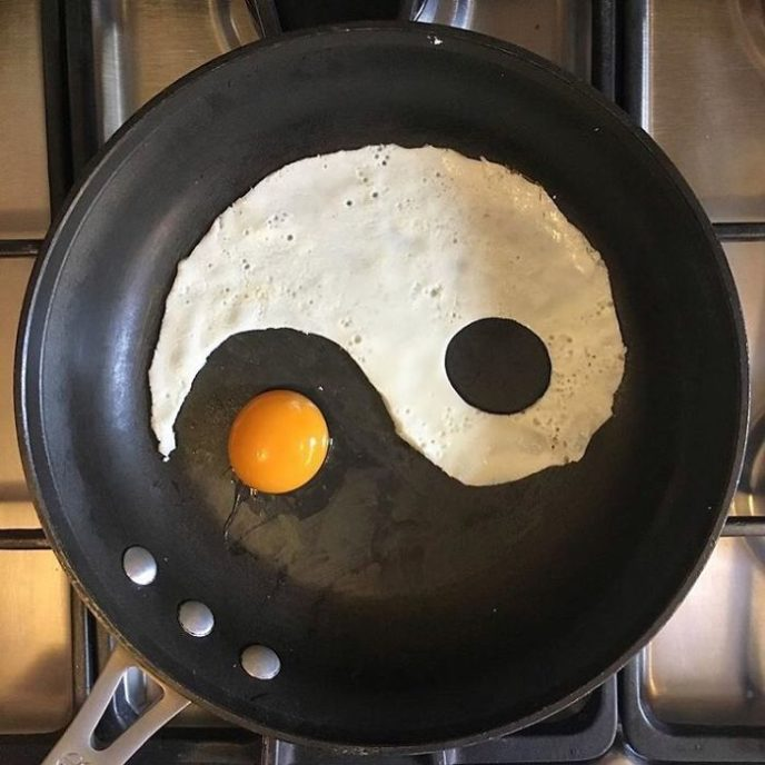 Mexican artist turns eggs into amazing works of art and youre sure to want one of those at breakfast 5a43628d9e8d7__700.jpg