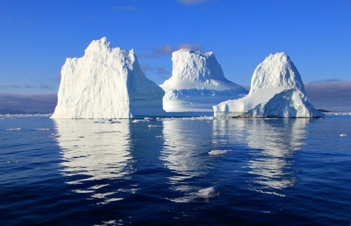 Http://maxpixel.freegreatpicture.com/Solar Sea Water Iceberg Nature Mirroring 471549