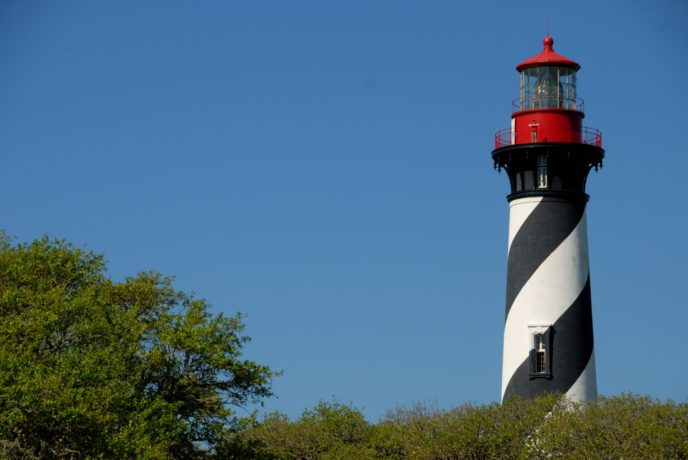 Http://www.publicdomainpictures.net/pictures/90000/velka/st augustine lighthouse 140344226189A.jpg