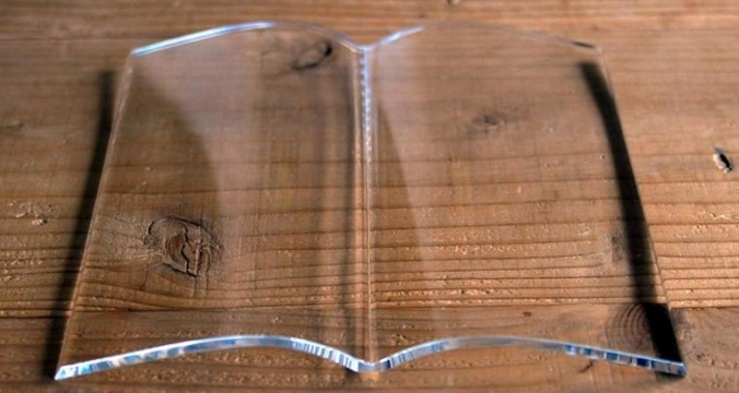 18469010 glass book page holder 0 1514162118 650 75c0758a22 1515007932.jpg