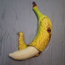 Artist turns bananas into true works of art and the result is incredible 5ac1d4fcb6d18__700.jpg