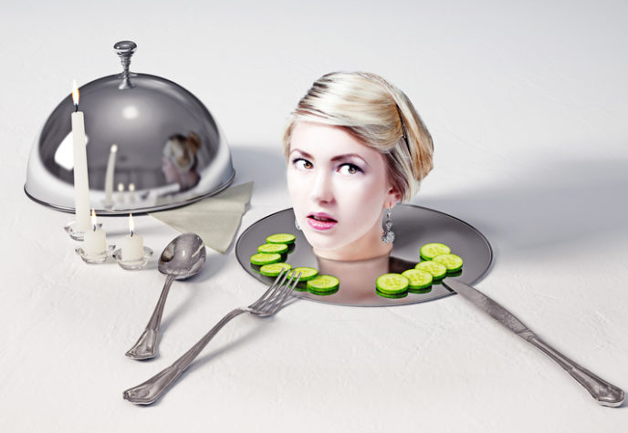 Head on a dish, kanibalizmus
