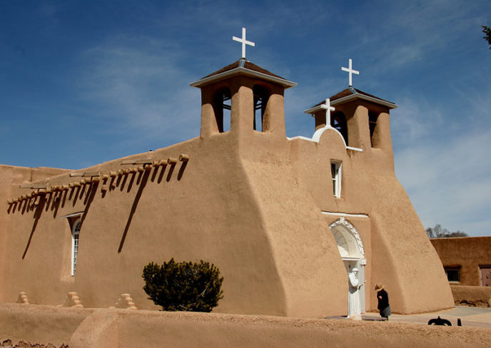 800px taos_mission_church.jpg