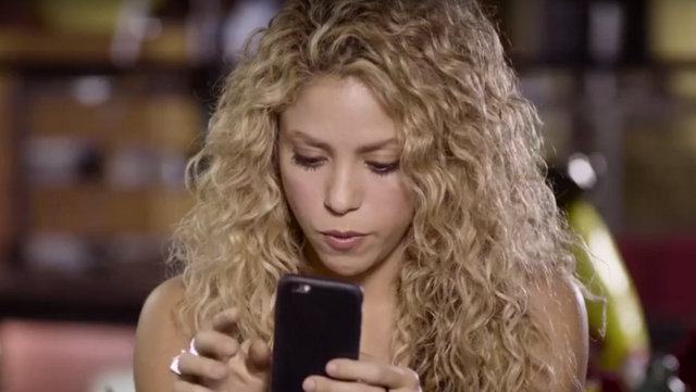 Shakira, Love rocks starring Shakira