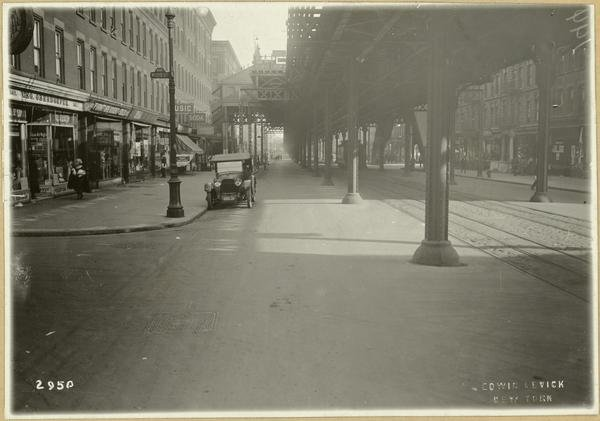 Eighth avenue and 130th street 1920.jpg