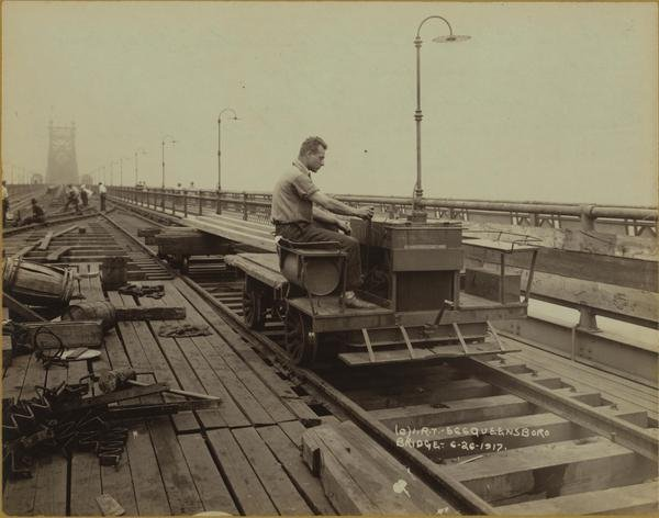 Queensboro bridge connection 1917.jpg