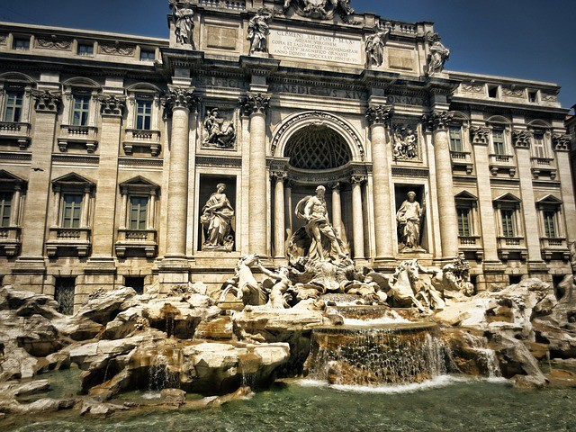 Trevi fountain 298411_640.jpg