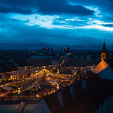 I captured the atmosphere of the christmas market in sibiu romania 2__880.jpg
