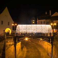 I captured the atmosphere of the christmas market in sibiu romania 4__880.jpg