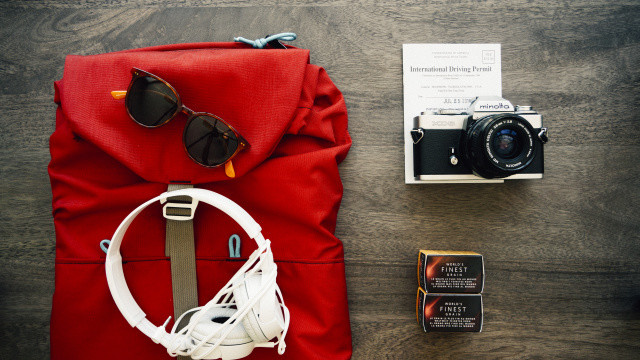 Clothes travel voyage backpack.jpg