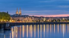 Bordeaux nightlife river xlarge.jpg